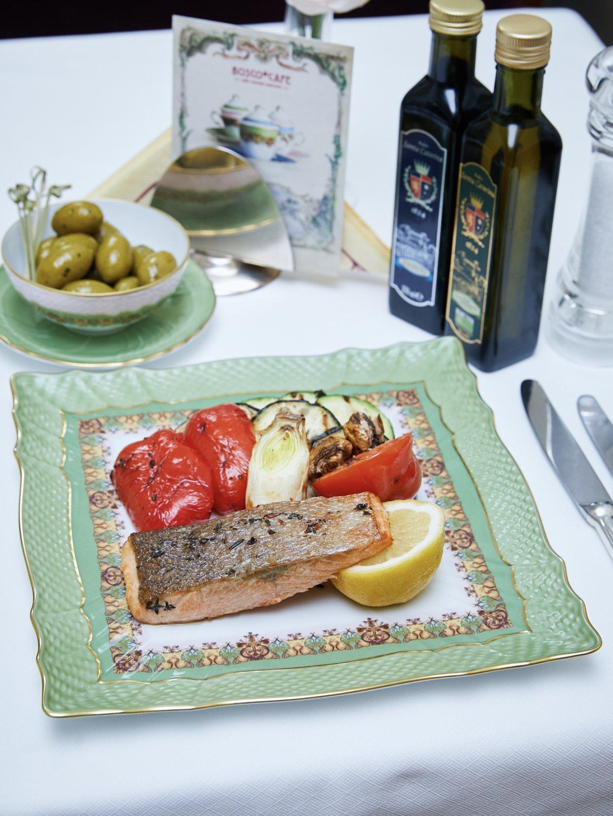 Филе лосося с овощами на гриле BoscoCafe  –  Общий вид
