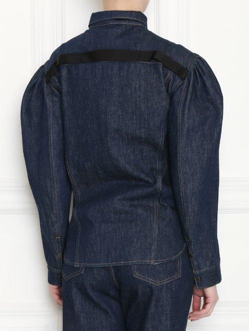 Рубашка из темного денима с объемными рукавами - МодельВерхНиз1