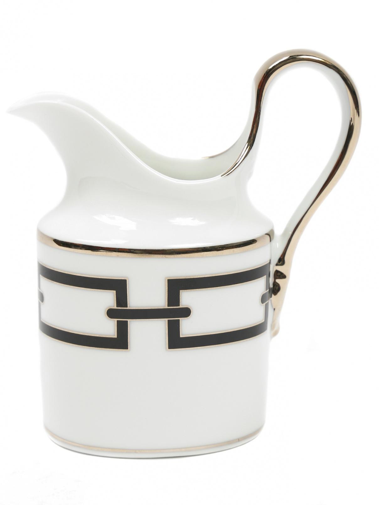 Молочник из фарфора с орнаментом и серебряной окантовкой Richard Ginori 1735  –  Общий вид